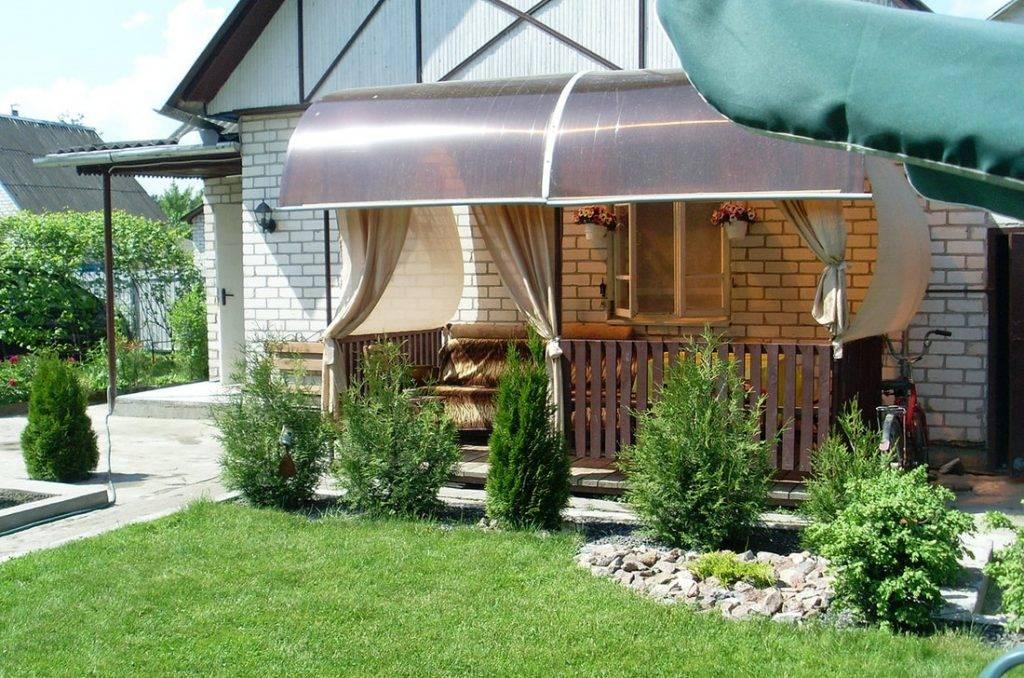 Баня с барбекю под одной крышей - строим баню или сауну
