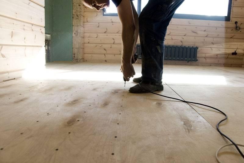 Выравниваем деревянный пол фанерой. подготовка основания перед укладкой паркета