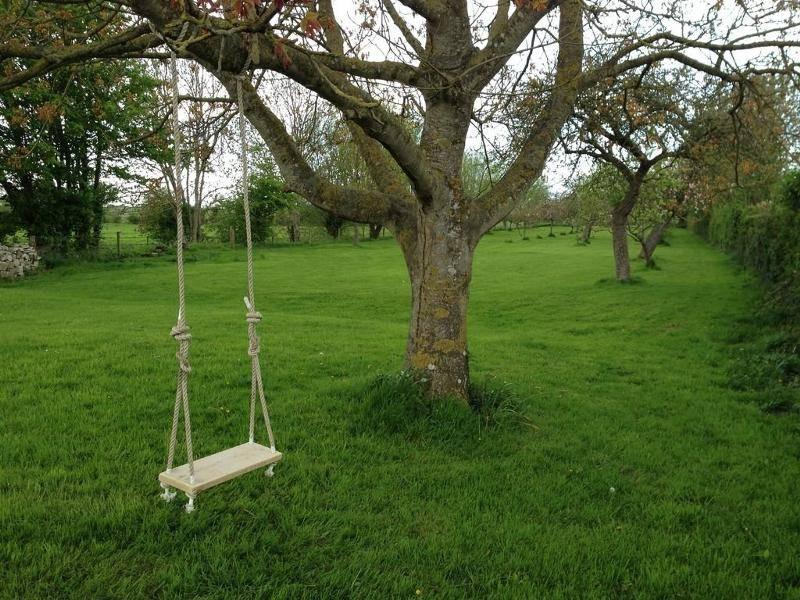 Качели из дерева своими руками. 380 чертежей, фото и пошаговых мастер классов