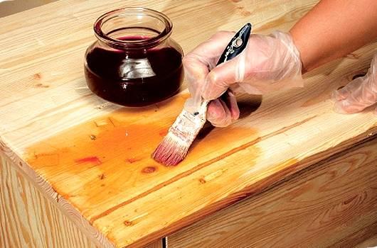 Пропитка для бани внутри и снаружи: обработка полков в бане и полов льняным маслом