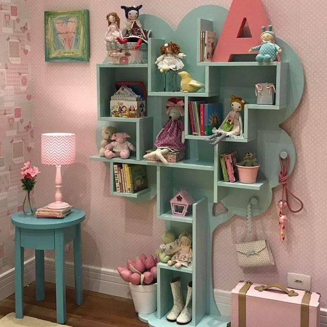 Детская полка: для книг своими руками в комнату, как сделать на стену из фанеры для игрушек, стеллаж из дерева и подручных материалов