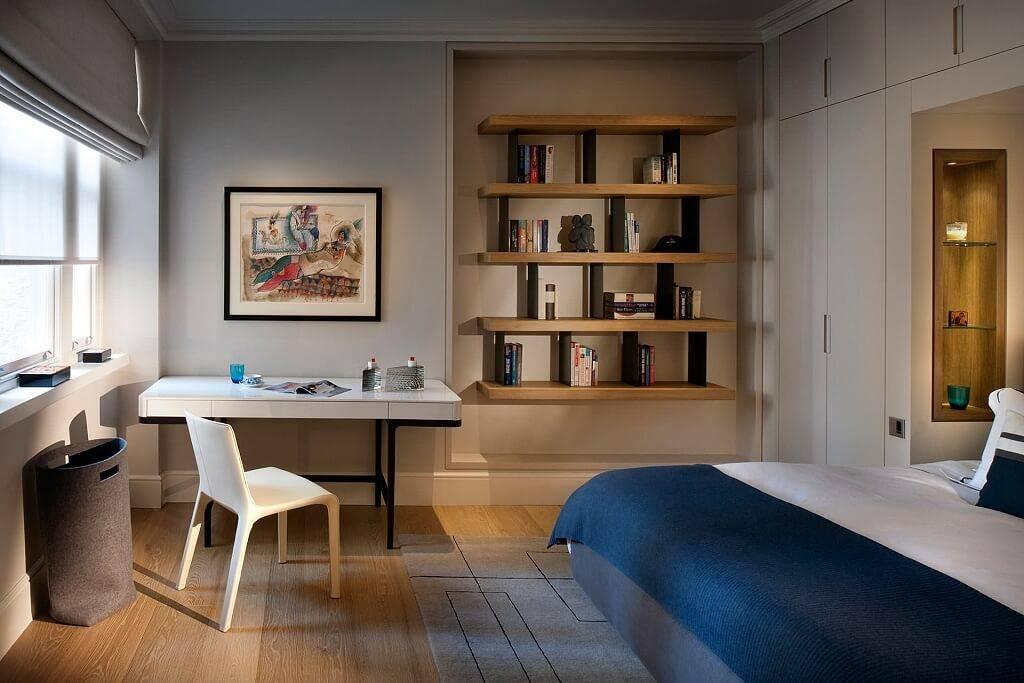 Дизайн маленькой комнаты (96 фото): примеры ремонта небольшой квартиры площадью 9 кв. м, идеи-2021 для интерьера малогабаритной спальни в «хрущевке»