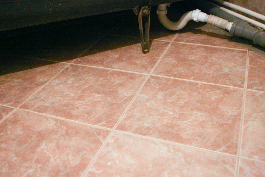 Как затирать швы на плитке на полу: подробная информация