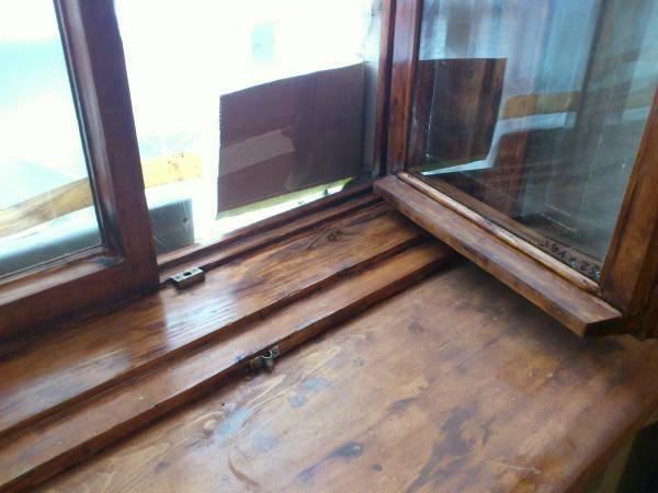 Ремонт деревянных окон своими руками: что необходимо для работы дома, как выполнять, каким образом снять старую краску, есть ли сложности?
