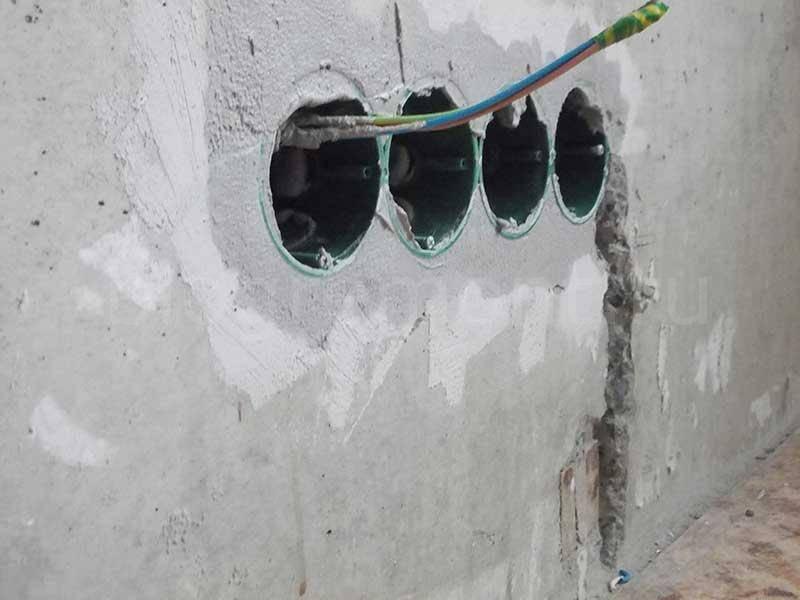 Монтаж подрозетника: как правильно установить в бетонную стену и гипсокартон?