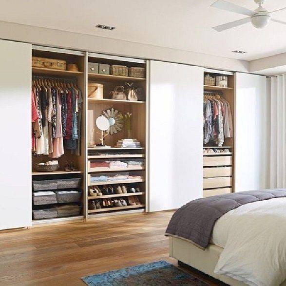 Шкаф в гостиную во всю стену — фото дизайнов