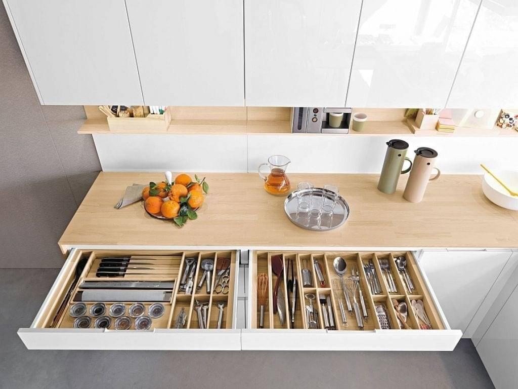 Как оптимизировать пространство на кухне: 25 оригинальных идей с фото