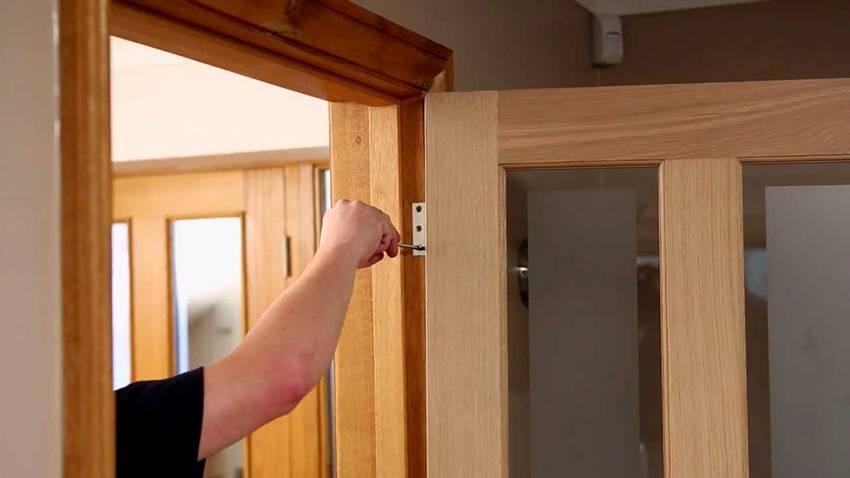 Установка дверной коробки для межкомнатной двери своими руками