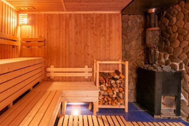 Чем русская баня отличается от финской - строим баню или сауну