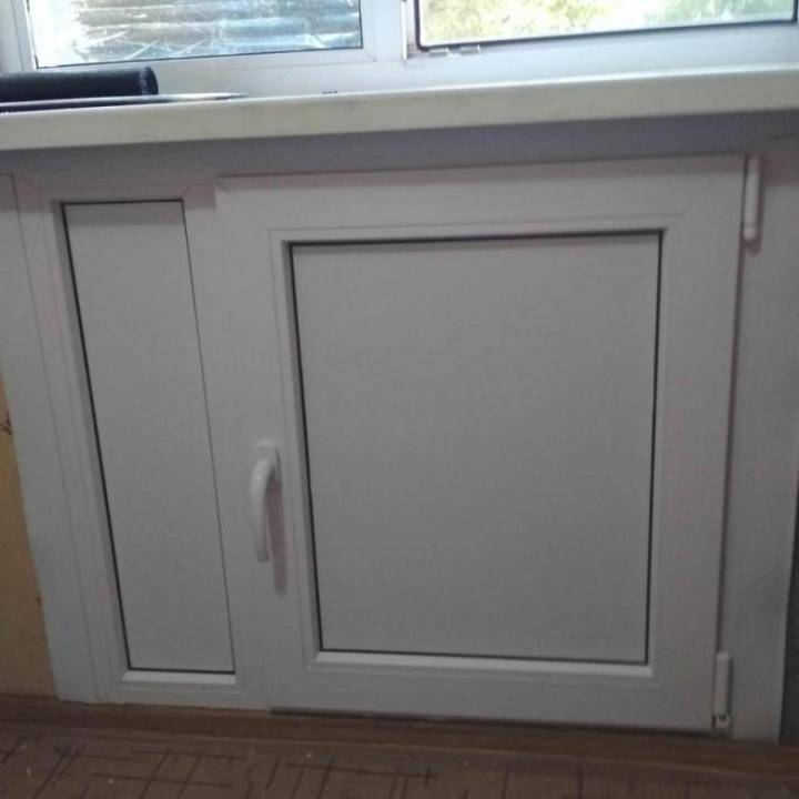 Ниша на кухне под окном: как ее обыграть?