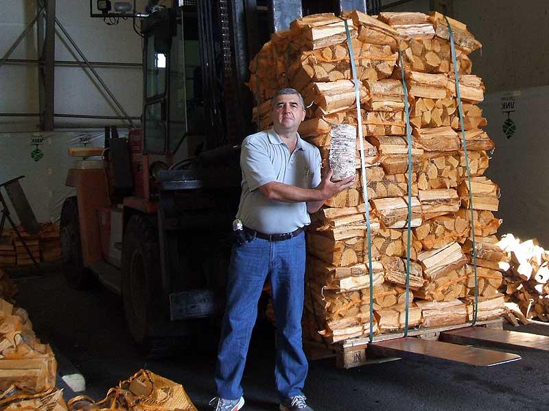 Хранение дров: как правильно заготавливать, хранить и сушить древесину