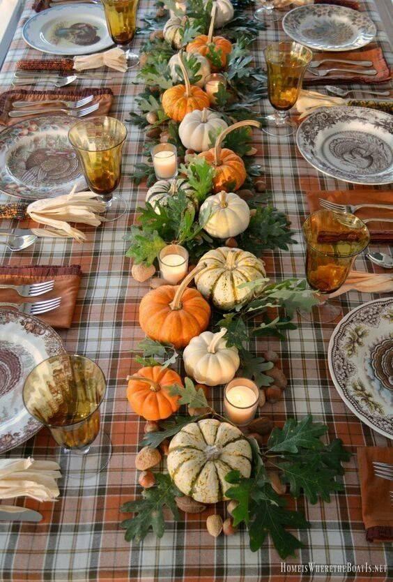 Как красиво украсить стол к празднику: смелые и оригинальные идеи сервировки стола (фото)