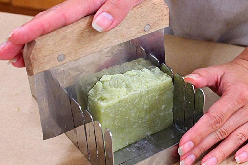 Мыло для бани: состав, правила выбора и применения, как и из чего сделать банное мыло своими руками