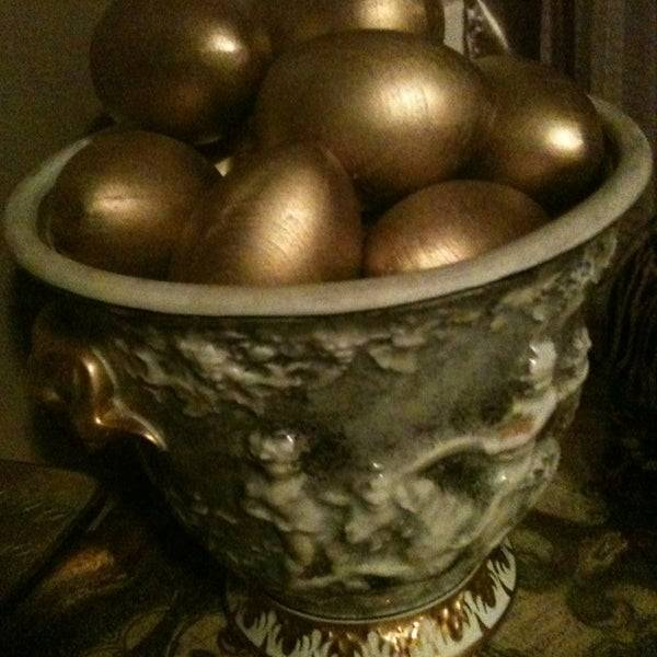 Сауна в виде золотого яйца: описание и фото