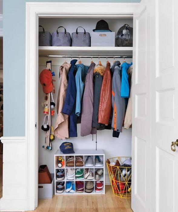 Хранение вещей в шкафу: способы и последовательность складывания