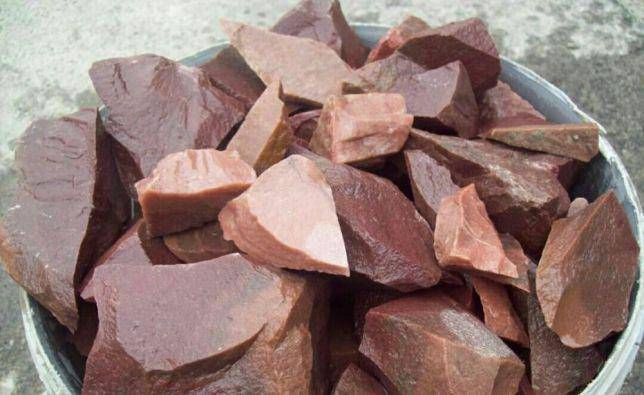 Малиновый кварцит для бани: отзывы, свойства