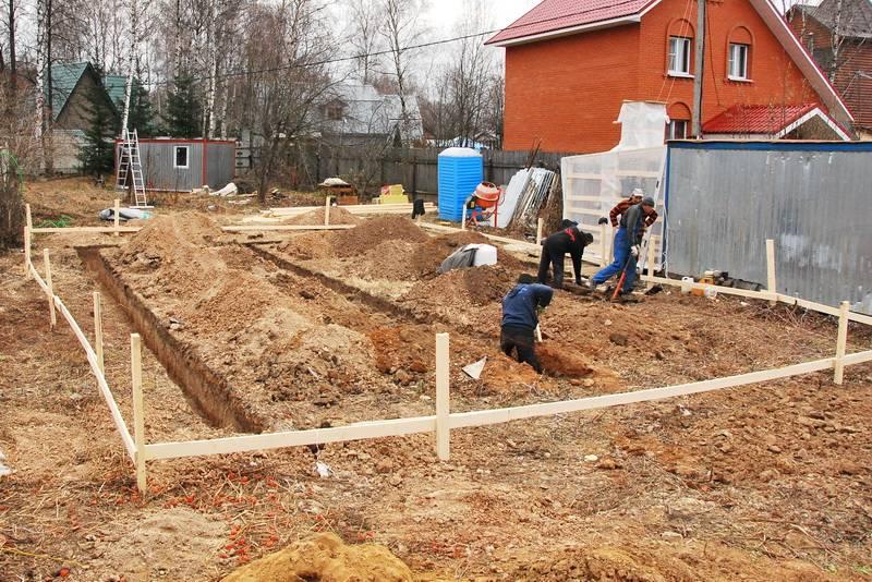 Какой песок лучше выбрать для приготовления бетона: речной, морской, карьерный