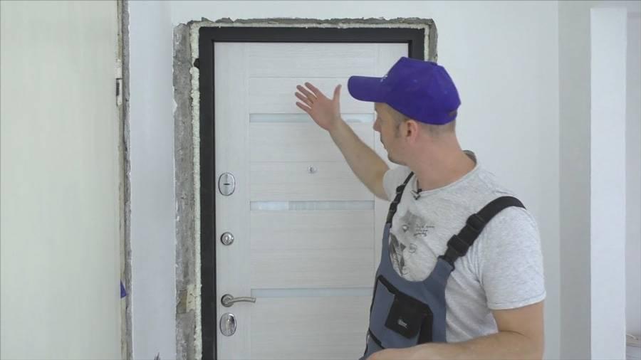 Установка входных металлических дверей: особенности работ