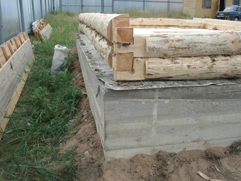 Какой фундамент лучше для бани из сруба: бруса, бревна, ширина и тип