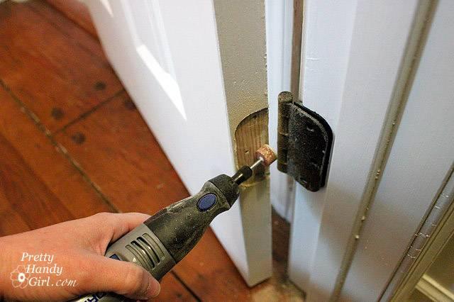 Просела дверь - что делать?