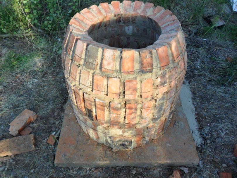 Как построить печь тандыр из кирпича и бочки своими руками
