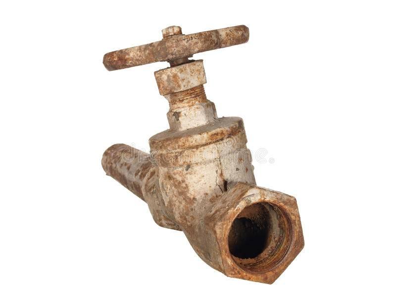 Как устранить течь трубы отопления