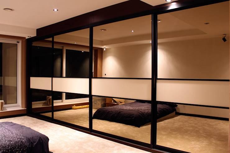 Встроенный шкаф в спальню - разновидности   какой выбрать?
