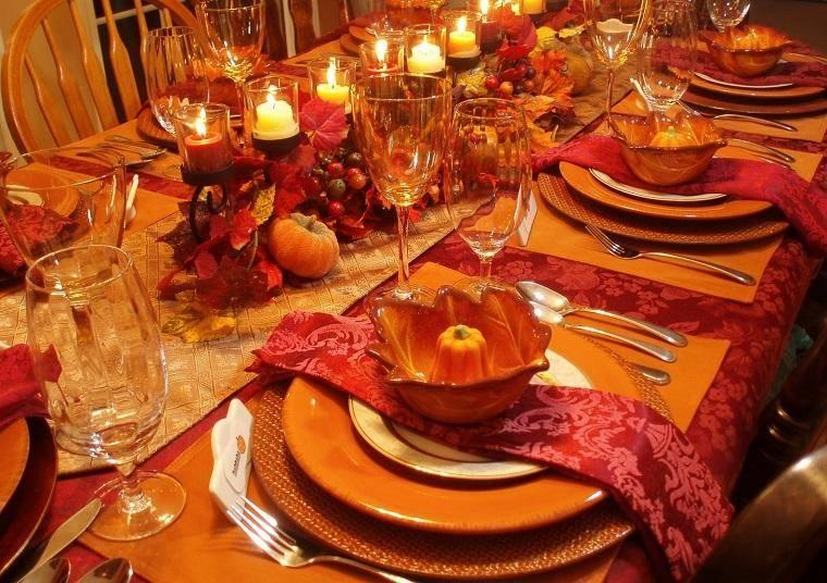 Оформление блюд к праздничному столу в домашних условиях (37 фото): сервировка салатов и фруктов своими руками, оформление сырной тарелки