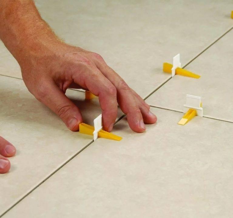 Чем заменить крестики для укладки плитки