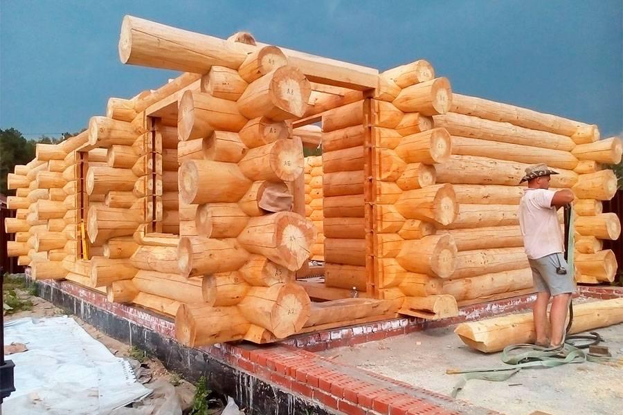 Как построить рубленную баню?