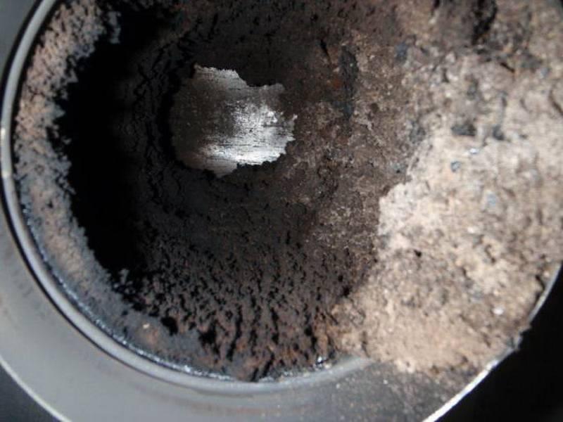 Чем отмыть сажу и копоть в бане: эффективные способы очистки стен и пола
