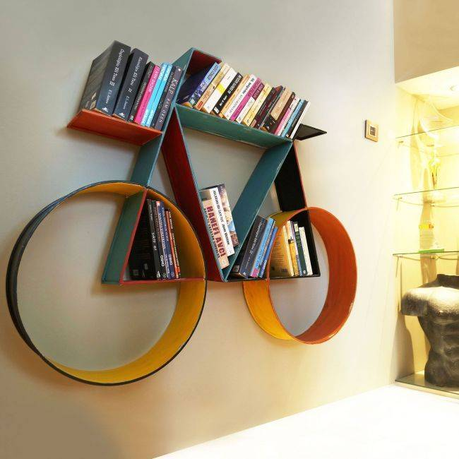 Книжный шкаф: 85 фото идей расположения и украшение стен книгами