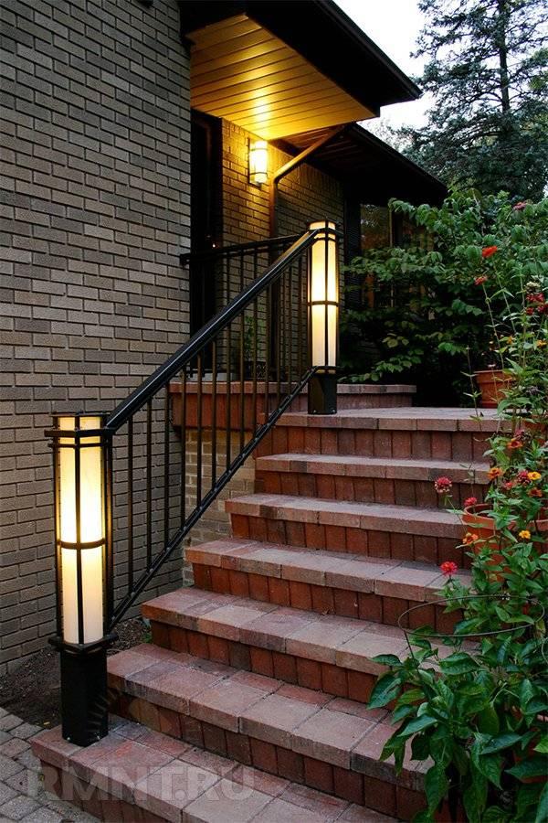 Уличное освещение для загородного дома: подборка из 32 фото