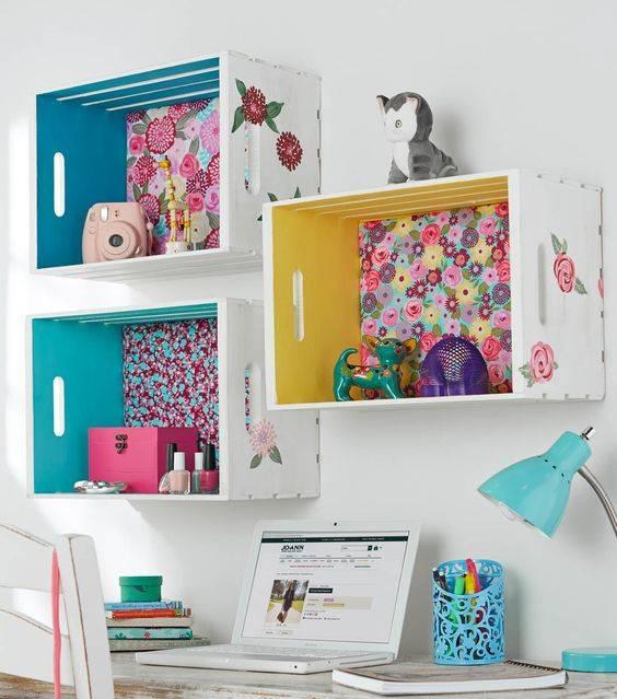 Полки в детскую комнату: виды, материалы, дизайн, цвета, варианты наполнения и расположения