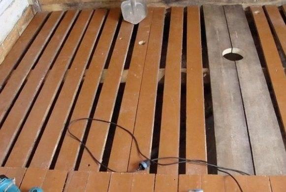 Проливной пол в бане: устройство и этапы строительства