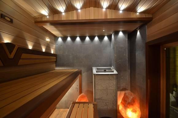 Интерьер бани (65 фото): дом-баня с русской печью внутри и интерьер помывочной, оформление парилки и предбанника, современные варианты дизайна