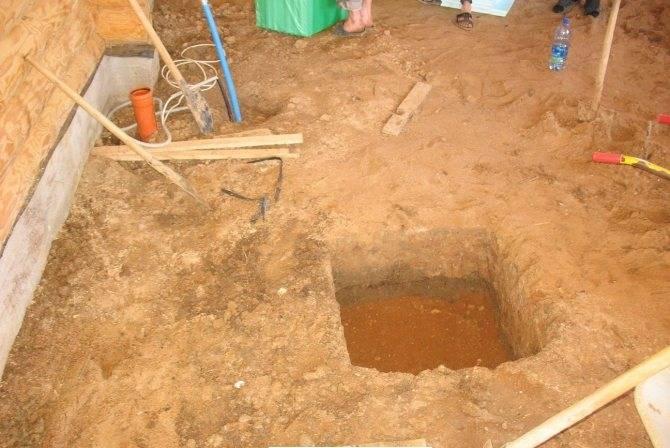Слив и отвод воды в бане: как сделать своими руками, способы и устройство системы