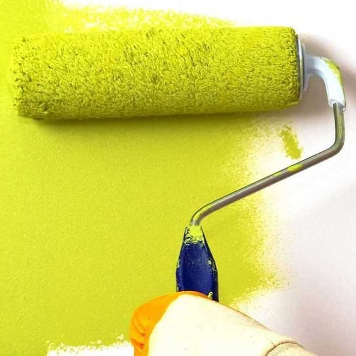 Способы, как и чем помыть потолок, покрашенный водоэмульсионной краской