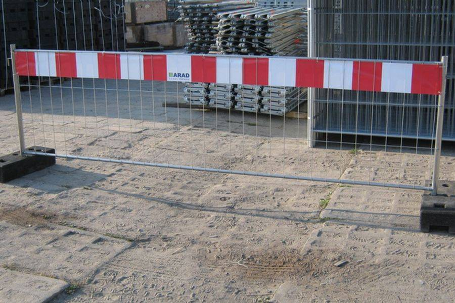 Требования к ограждению строительной площадки - всё о воротах и заборе