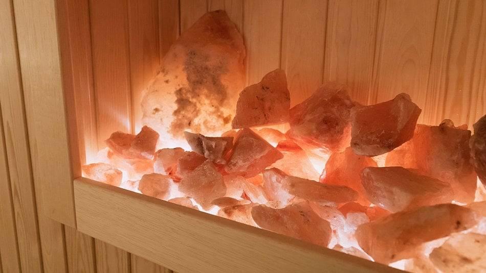 Гималайская соль для бани и сауны: как правильно использовать, лечебные свойства и польза