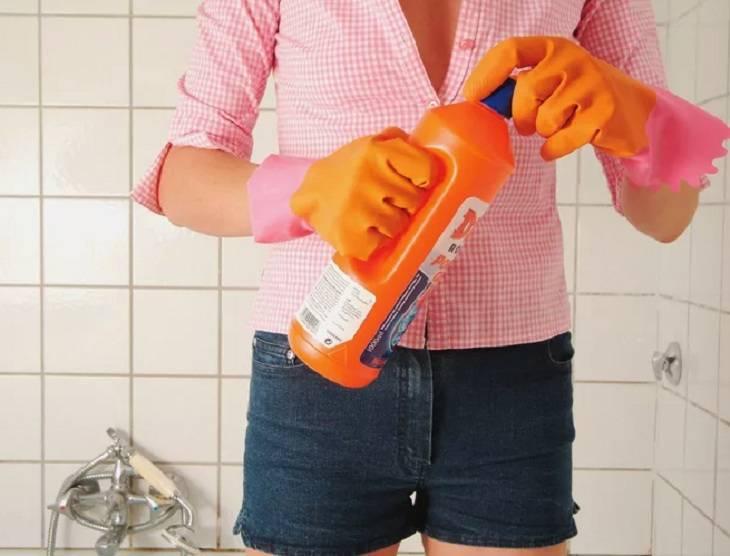 Опасная пара: какие чистящие средства рискованно использовать вместе