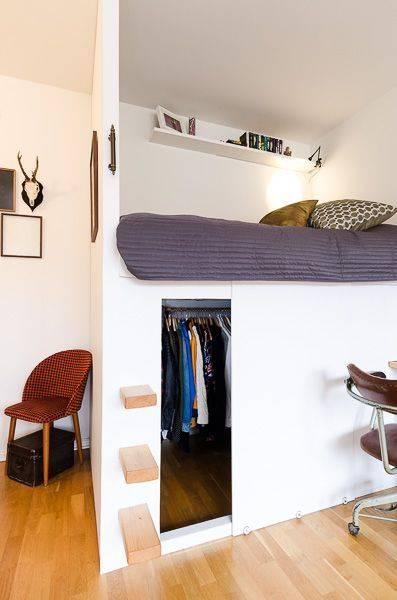 Кровать в гостиной: 50+ фото в интерьере, современные решения для зала