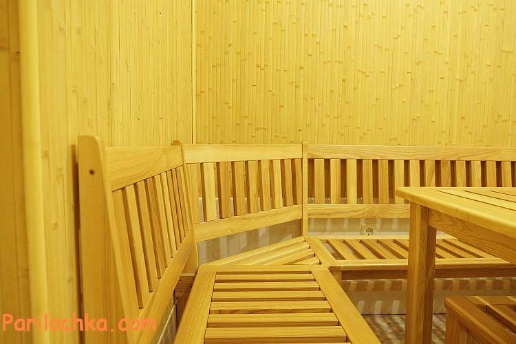 Стол из дерева для бани (22 фото): деревянные складные столики из массива сосны с раскладными стульями