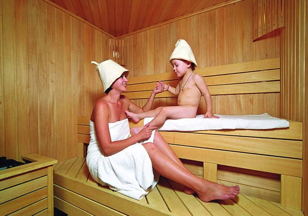 Особенности посещения бани детьми