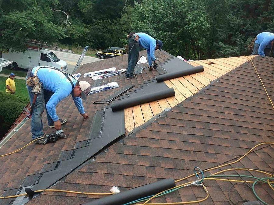 Чем покрыть крышу частного дома недорого и качественно