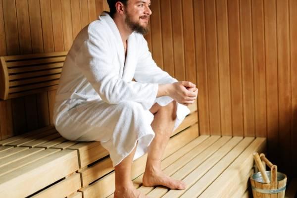 Можно ли посещать баню при простуде? ходить в баню и париться при температуре. ответы экспертов