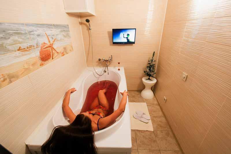 Пантовые ванны: показания и противопоказания для женщин и мужчин