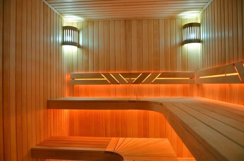Вагонка для бани: обшивка евровагонкой из осины и другой древесины стен и потолка парилки