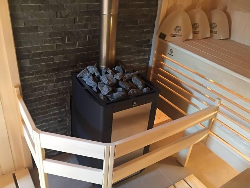 Печи с закрытой каменкой: варианты устройств, использование в бане