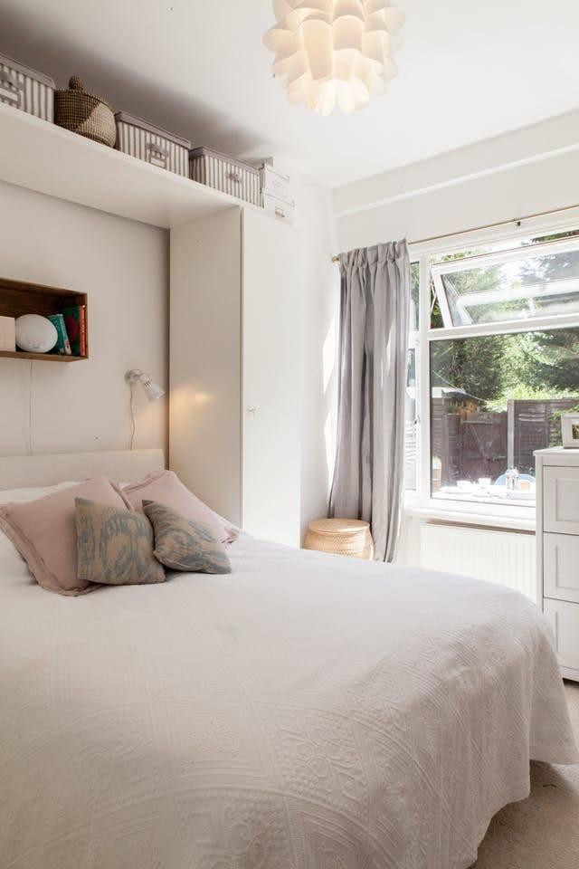Дизайн маленькой спальни (185 фото): интерьер малогабаритной спальни и идеи оформления